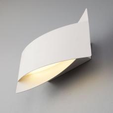 Светодиодное бра Eurosvet Overlap 40145/1 LED белый
